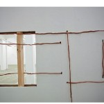 """Manhã de gerúndio"", 2010, installation, copper wire, glass, rubber, etched glass"