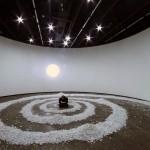 ''Órbita em Espiral'', 2013, reflector and rocks, variable dimensions