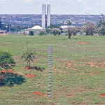 Trilha(Trail) | Brasília 2002 | Intervention in the lanscape | MDF, reflective film | 40x0,15x0,40m
