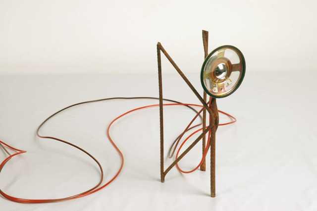 Angel | 2006 | Poetics of Perception - MAM-Rio | 1 audio channel, speaker, iron, wire and CD player | 3.5x2.5x8cm