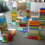 """""""Visualidade Ambulante"""" [""""Wandering Visuality""""], 2009, Styrofoam overlayed  with tapes, Marabá Art Center"""