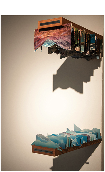 """""""Caixa-móvel para Giordano Bruno"""", 2014, wooden boxes and cut postcards , 32x12x42 cm, photo by Rossana Magri"""
