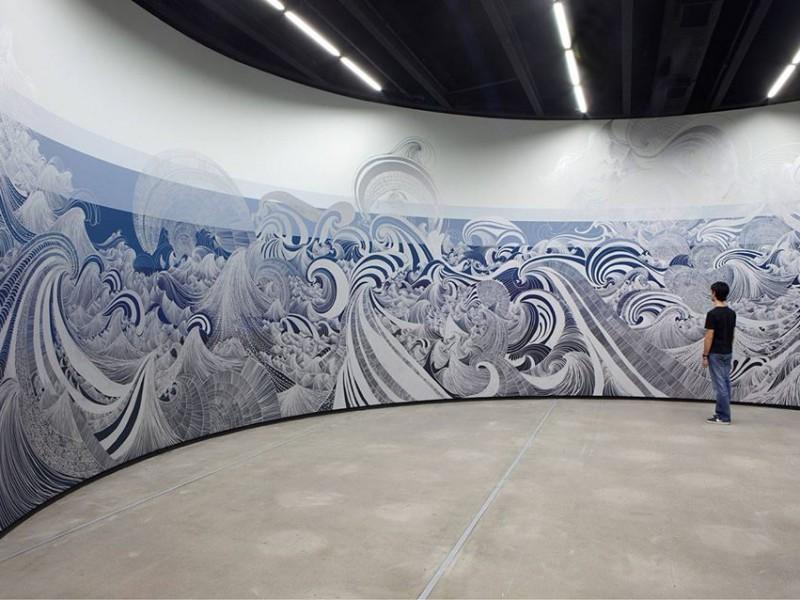 Sandra Cinto, Imitation of water, 2010. Permanent pen on painted wall. Photo Everton Ballardin